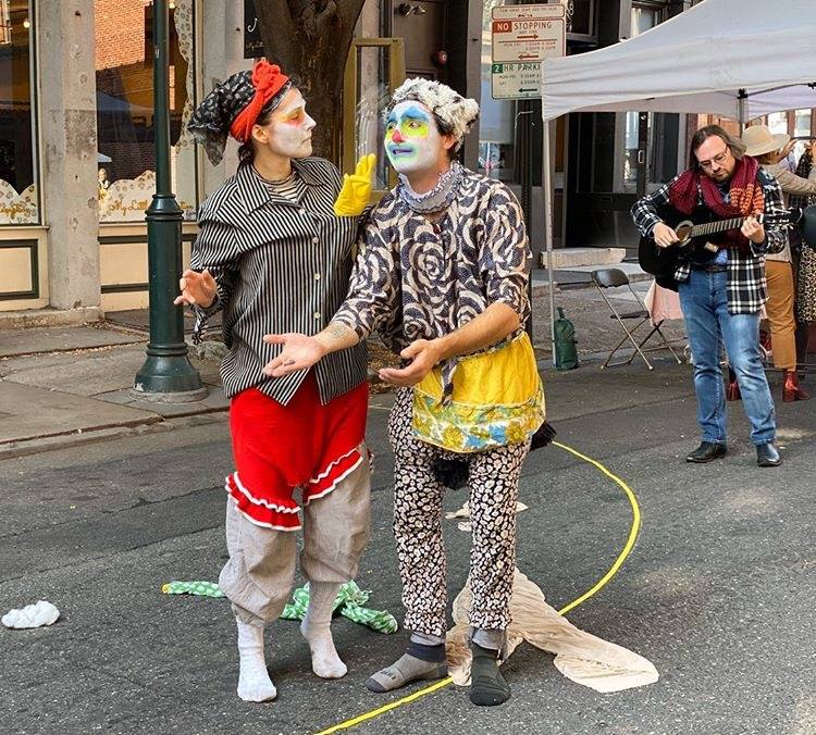 Dance-Clown duets at Old City Festival